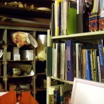 lisää kirjahyllyä satsin tiloissa