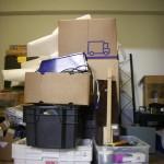 Laatikot odottamassa